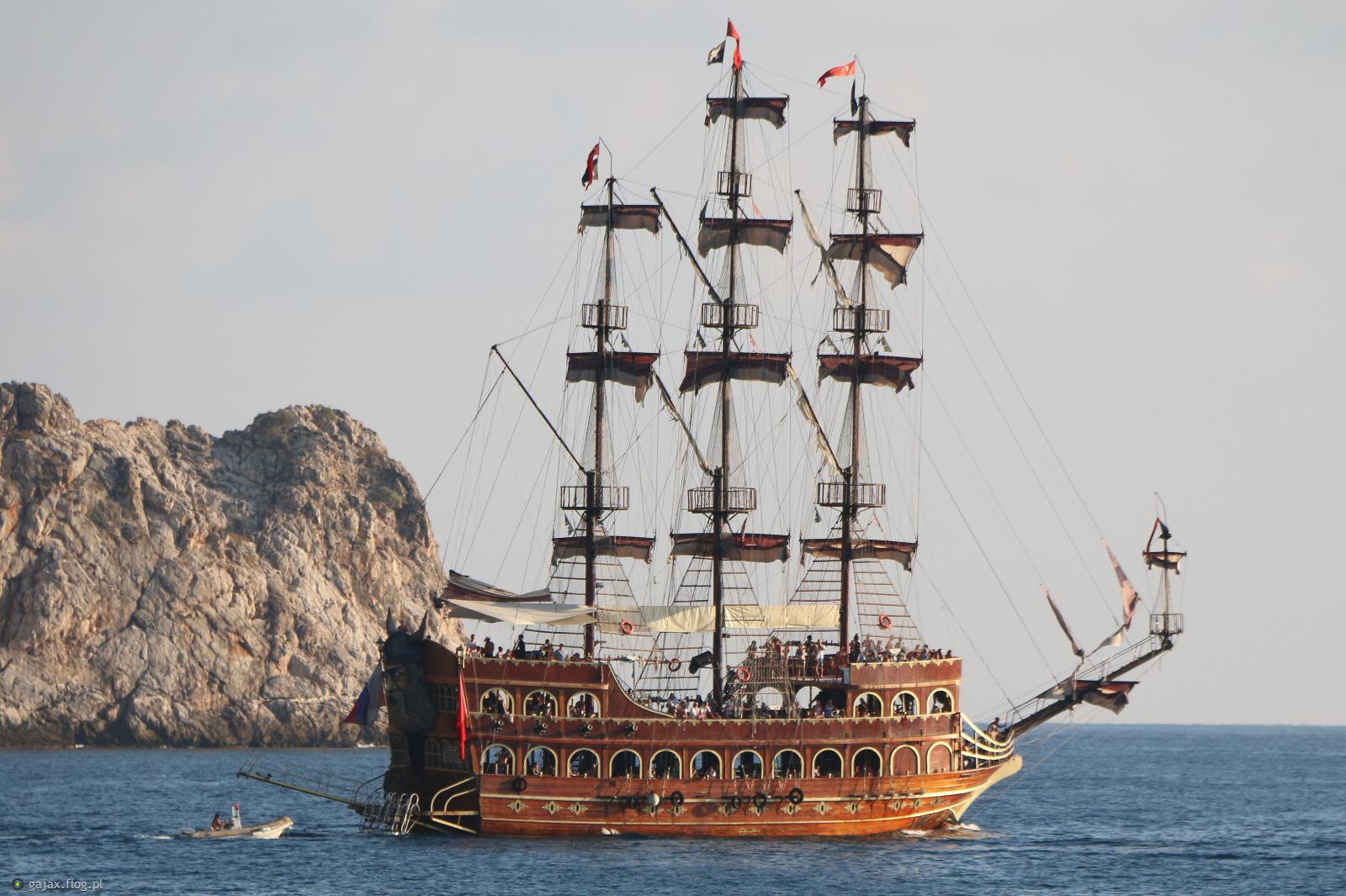 Statek Piracki :) - zdjęcie - Fotoblog gajax.flog.pl