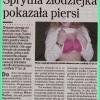 W Biłgoraju sprytna złodz<br />iejka pokazała piersi,a j<br />ej koleżanka ukradła 17 t<br />ys.zł.